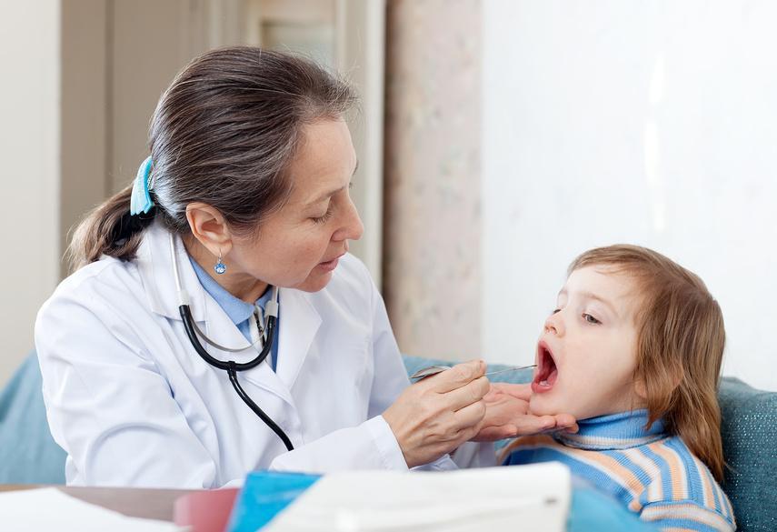 Работающим родителям разрешат ухаживать за болеющим ребенком столько, сколько потребуется