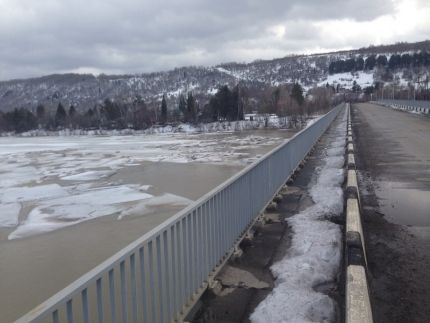 В Кузбассе реки начали освобождаться ото льда