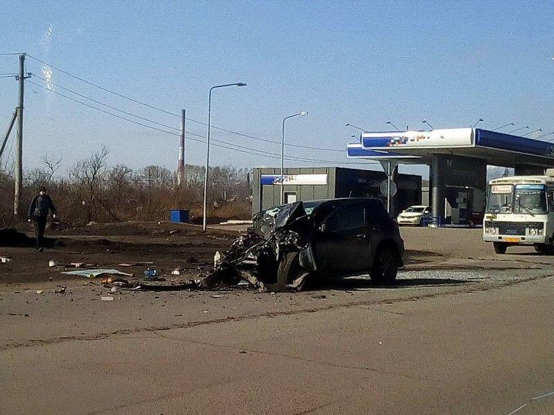 В Кузбассе столкнулись кроссовер и маршрутка: пострадавшие госпитализированы (видео)