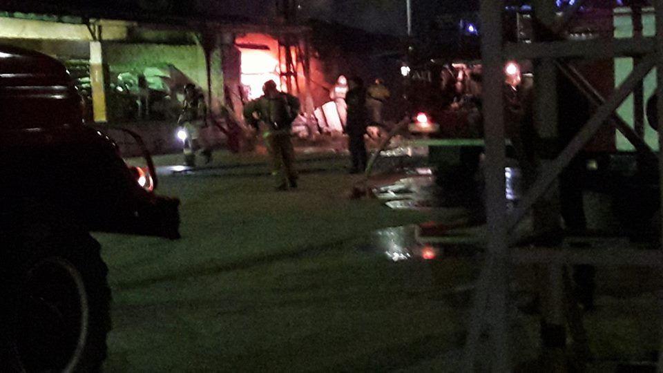 В Новокузнецке на хлебозаводе произошел серьезный пожар