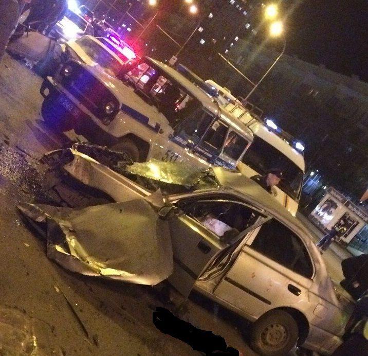 В Новокузнецке два человека погибли при столкновении иномарок