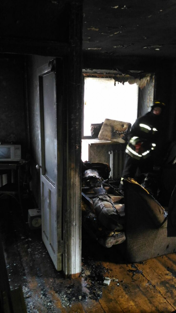 В Прокопьевске мужчина едва не погиб при пожаре в квартире