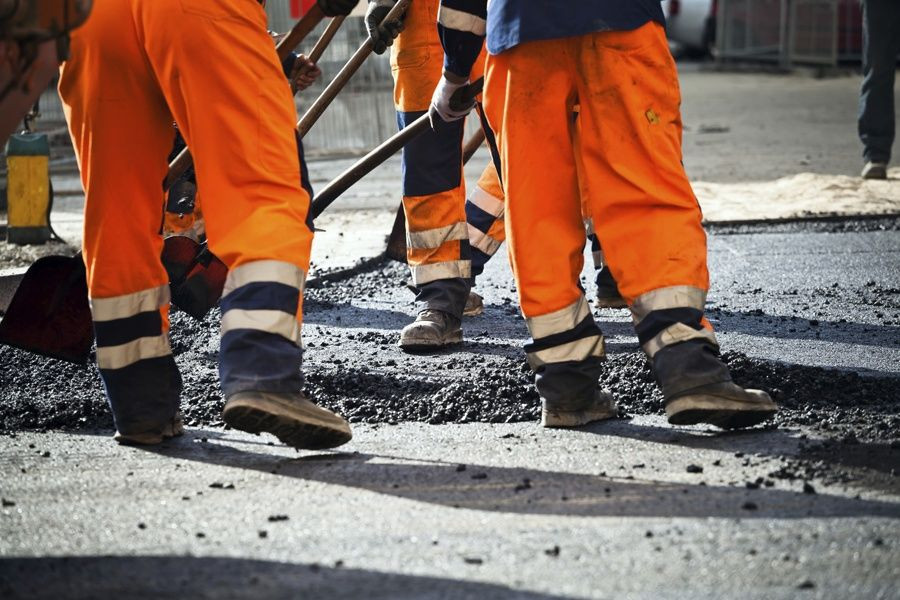 В Прокопьевске начался масштабный ремонт дорог