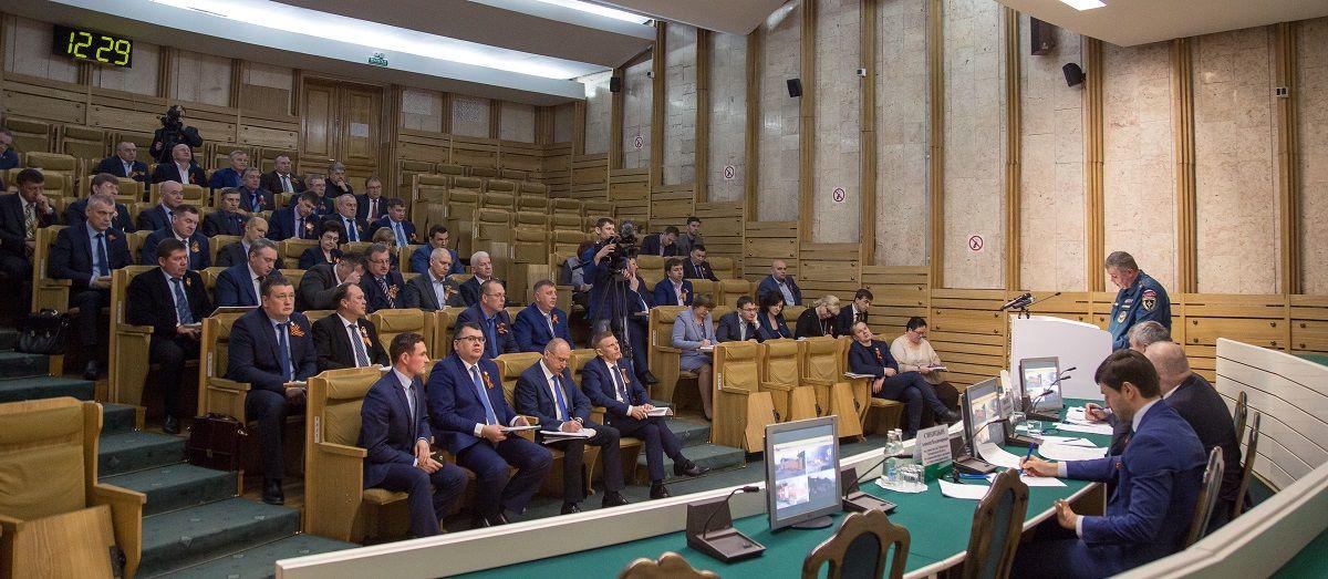 Врио губернатора Сергей Цивилев обсудил важные вопросы с главами городов и районов