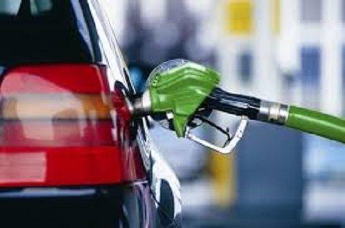 Бензин снова прибавил в цене
