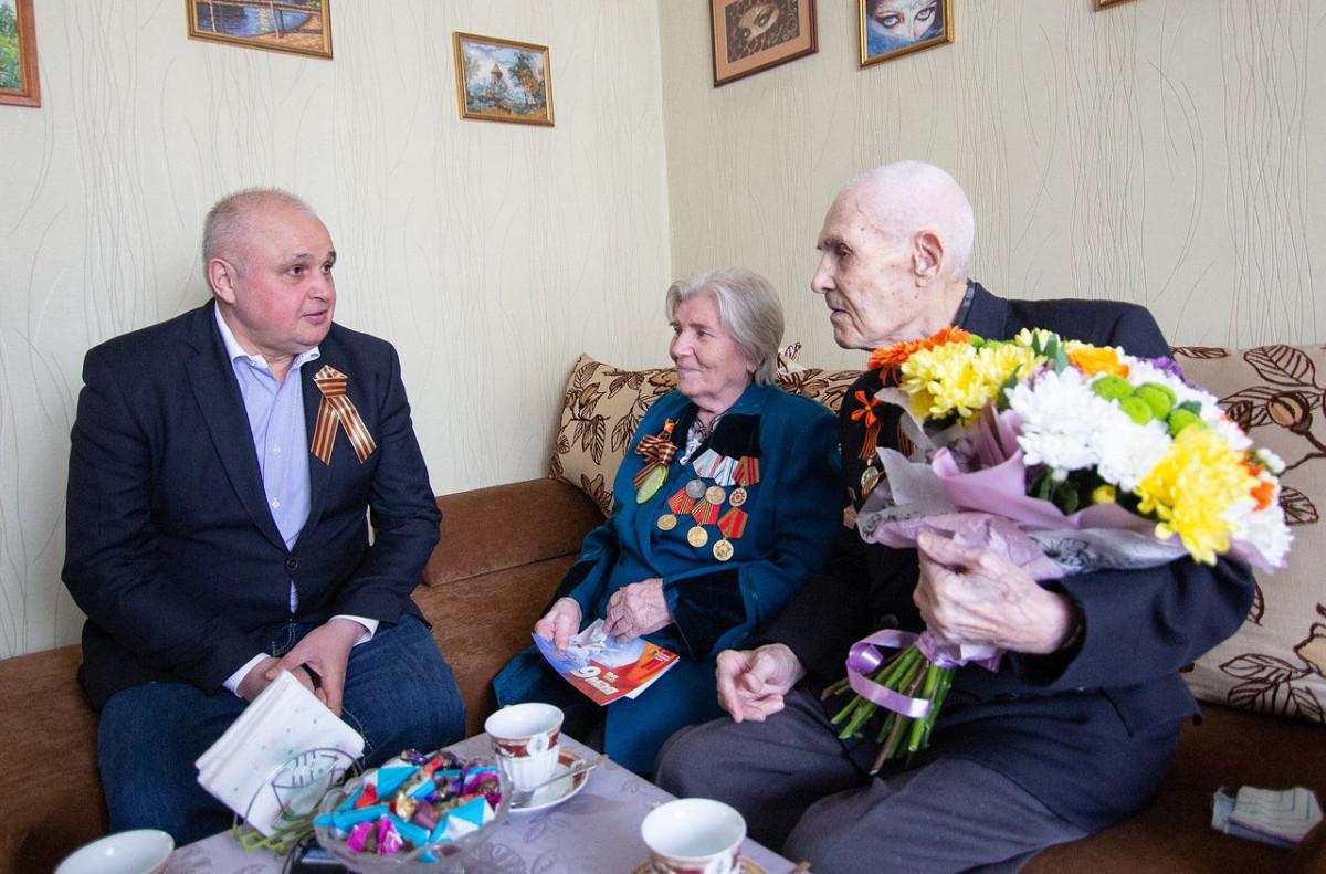 Сергей Цивилев побывал в гостях у старейшего в Кузбассе ветерана ВОВ