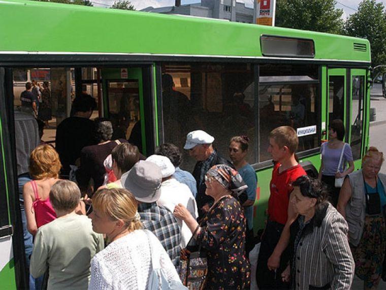 В Прокопьевске на Троицу будут организованы специальные автобусные маршруты к местам захоронений