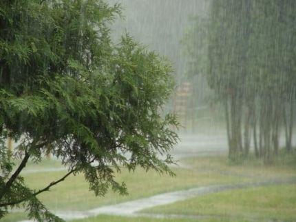 Град исильный ветер: непогода надвигается натерриторию Кузбасса