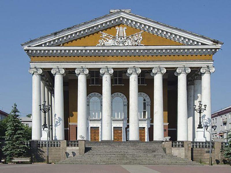 Драмтеатр Прокопьевска готовится к закрытию 72-го сезона
