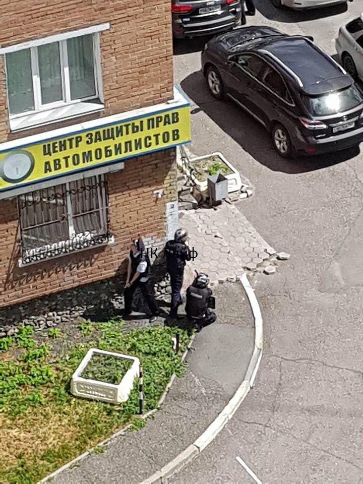 СМИ: в центре Новокузнецка неизвестный устроил стрельбу