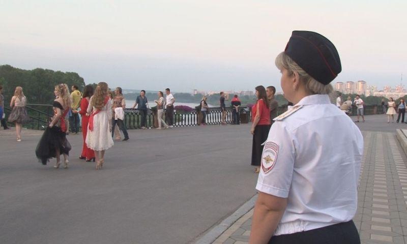 В Кузбассе во время выпускных вечеров общественный порядок будут охранять более 1 500 полицейских