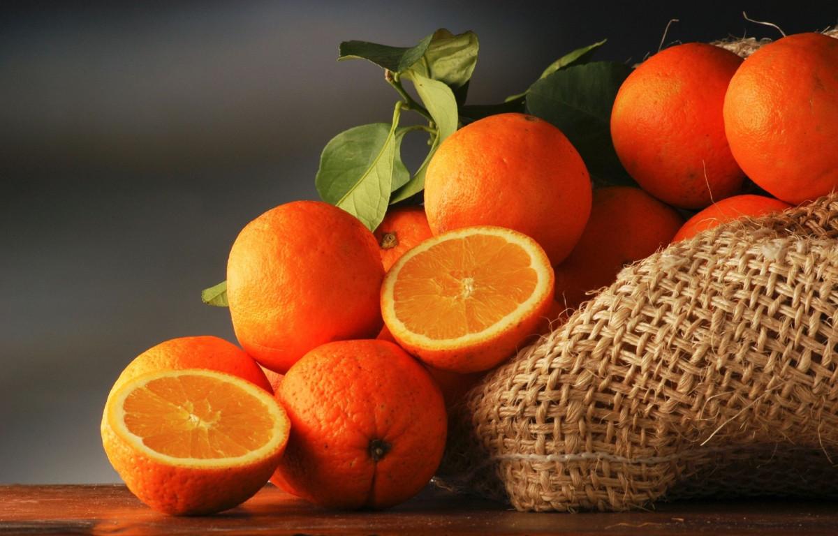 Ученые: Апельсины полезны для здоровья глаз