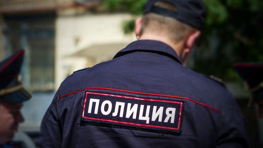 В Прокопьевске 4-летняя девочка во время прогулки забыла дорогу домой