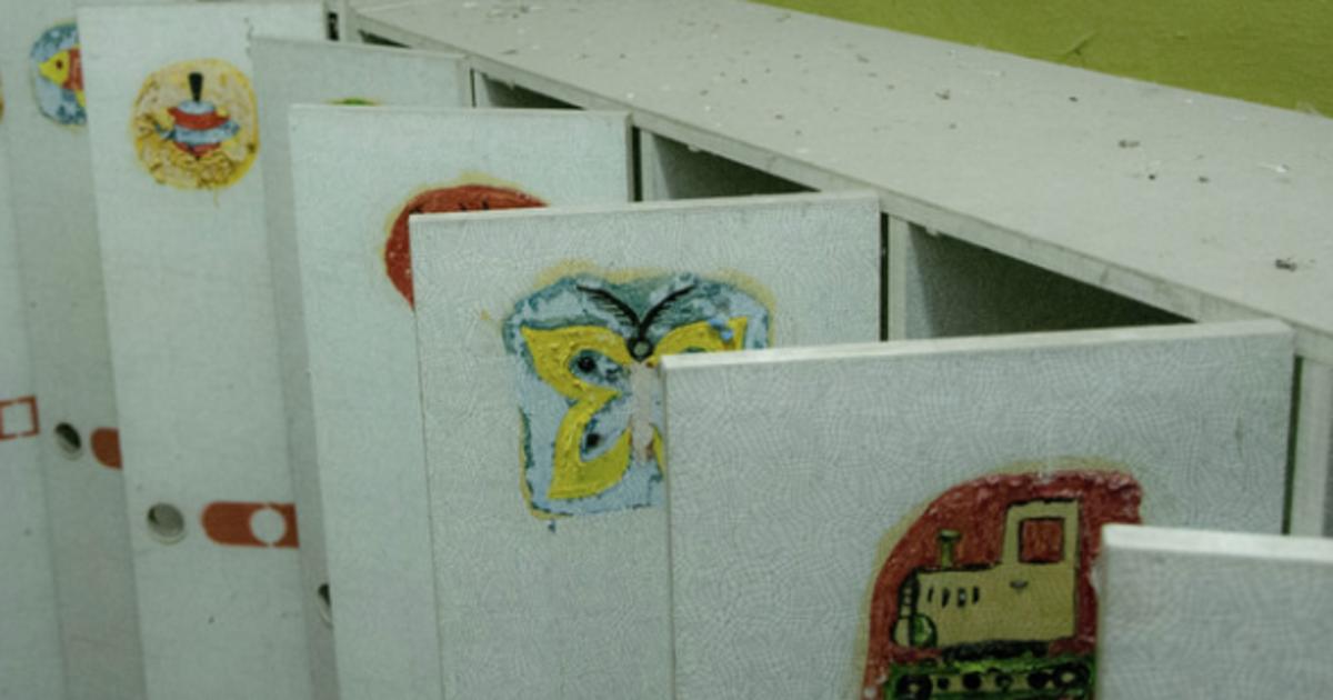 Детский сад выплатит компенсацию ребенку, на которого упал шкаф