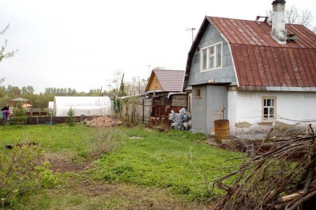 Прокопчанин обворовывал дачников, пока они работали в огородах
