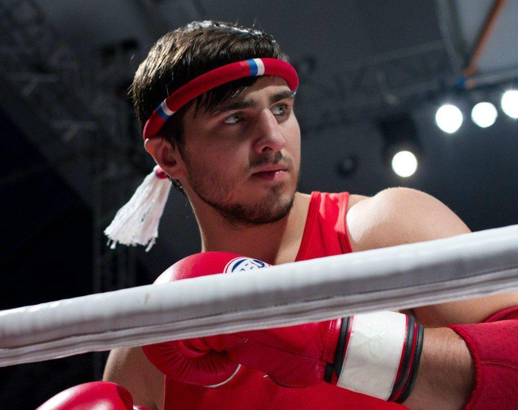 Прокопчанин Артем Вахитов готовится защитить чемпионский титул