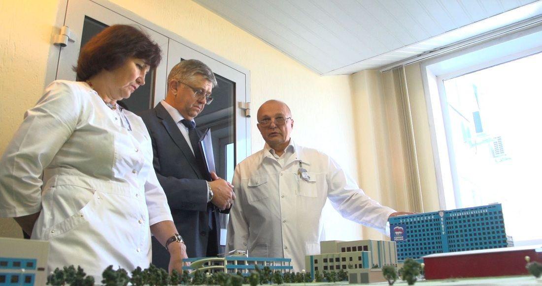 В Кузбассе рабочий день провел замминистра здравоохранения РФ