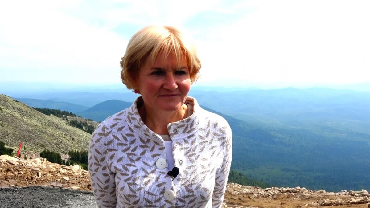 В Шерегеше на открытии нового скоростного подъемника присутствовала заместитель председателя правительства РФ