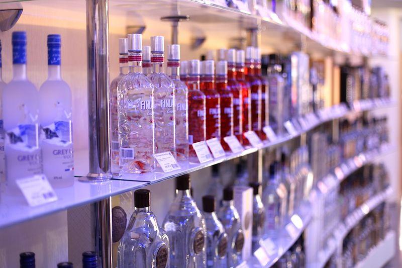Госдума предлагает спрятать прилавки со спиртным от покупателей