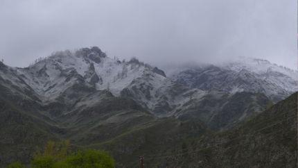В горах Алтая терпят бедствие кузбасские туристы
