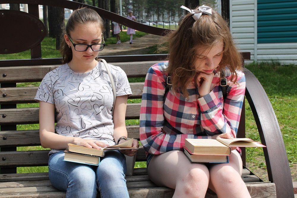 Более 6 тысяч прокопчан посетили читальные залы под открытым небом