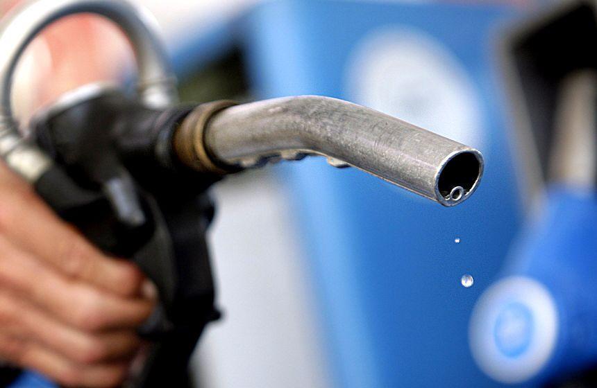 Правительство повысит акцизы на бензин с 2019 года