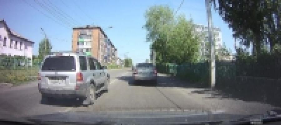 В Прокопьевске бдительный горожанин помог привлечь к ответственности водителя-нарушителя