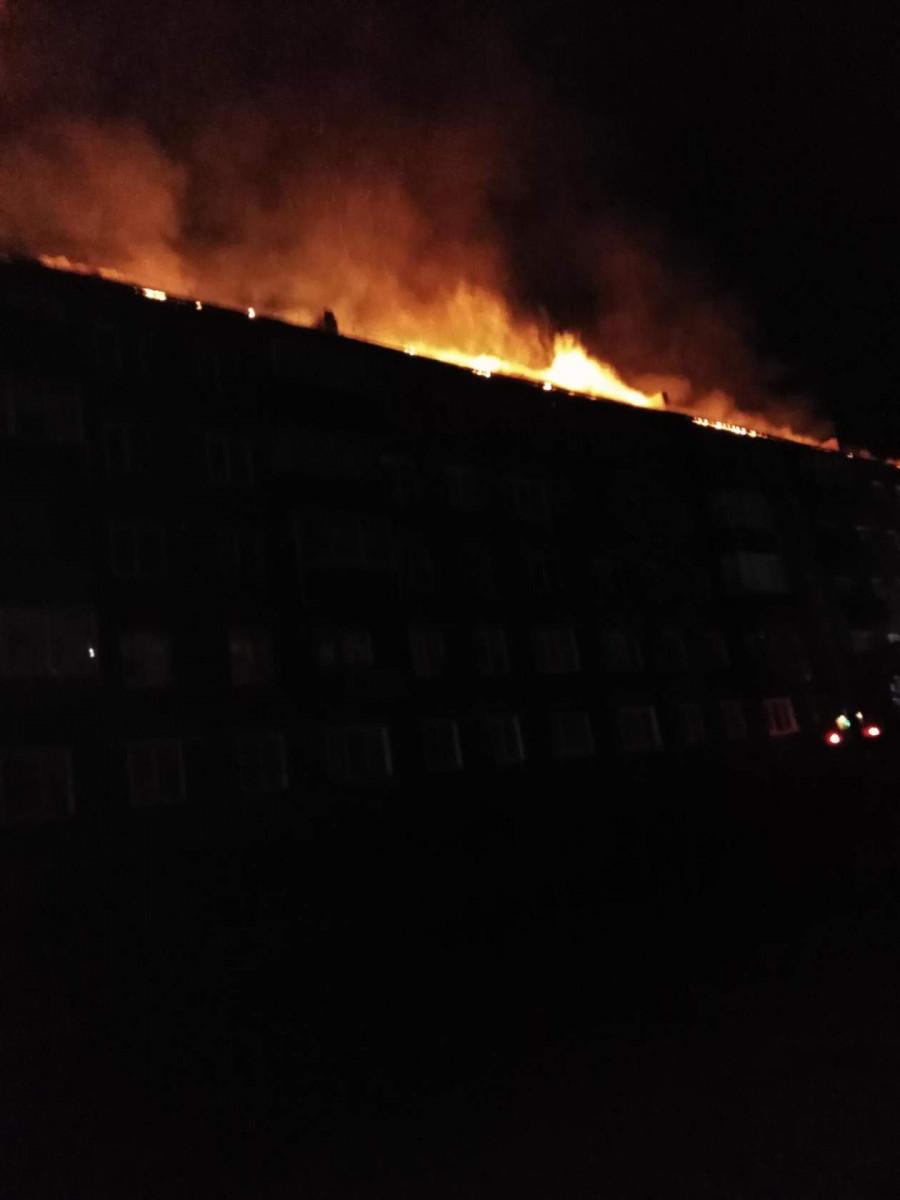 В Прокопьеске 12 человек спасены при пожаре в многоквартирном жилом доме