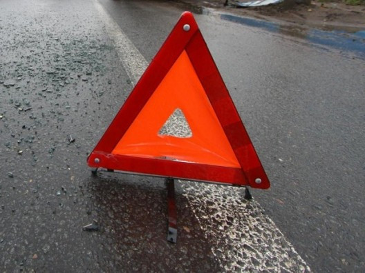 ДТП на трассе Кузбасса: автоледи сбила опору ЛЭП
