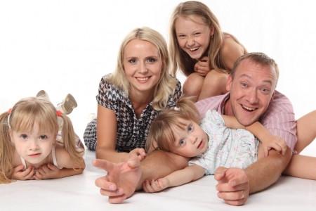 Госдума приняла закон, позволяющий многодетным родителям брать отпуск в удобное для них время