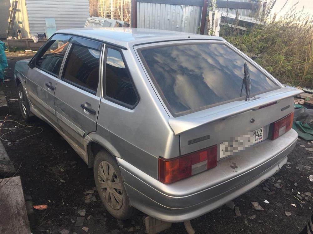 В Кузбассе автомобилист сбил женщину с двумя детьми и скрылся с места ДТП