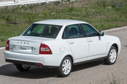 Эксперты составили рейтинг самых популярных подержанных авто в России