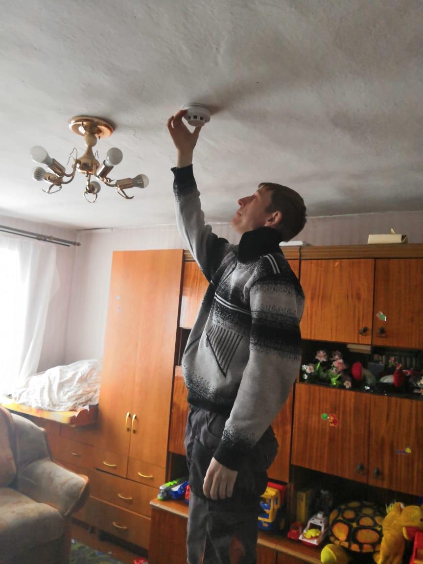 В Прокопьевске сотрудники прокуратуры вручили подарки трем многодетным семьям