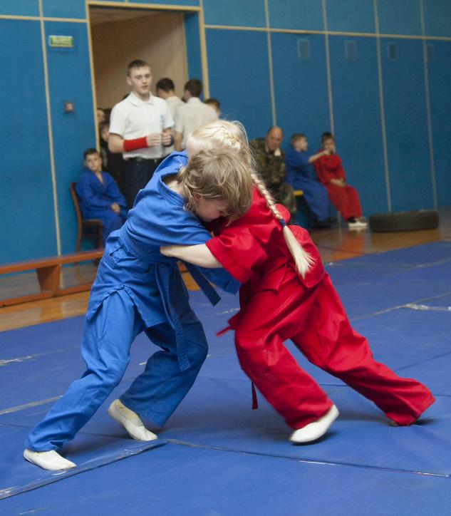 В Прокопьевске состоялись областные соревнования по универсальному бою среди детей