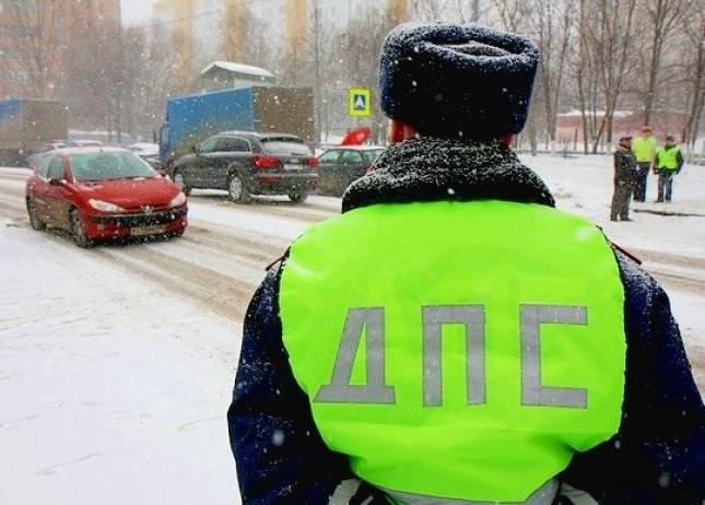 ГИБДД предлагает ужесточить наказание за повторную езду без прав