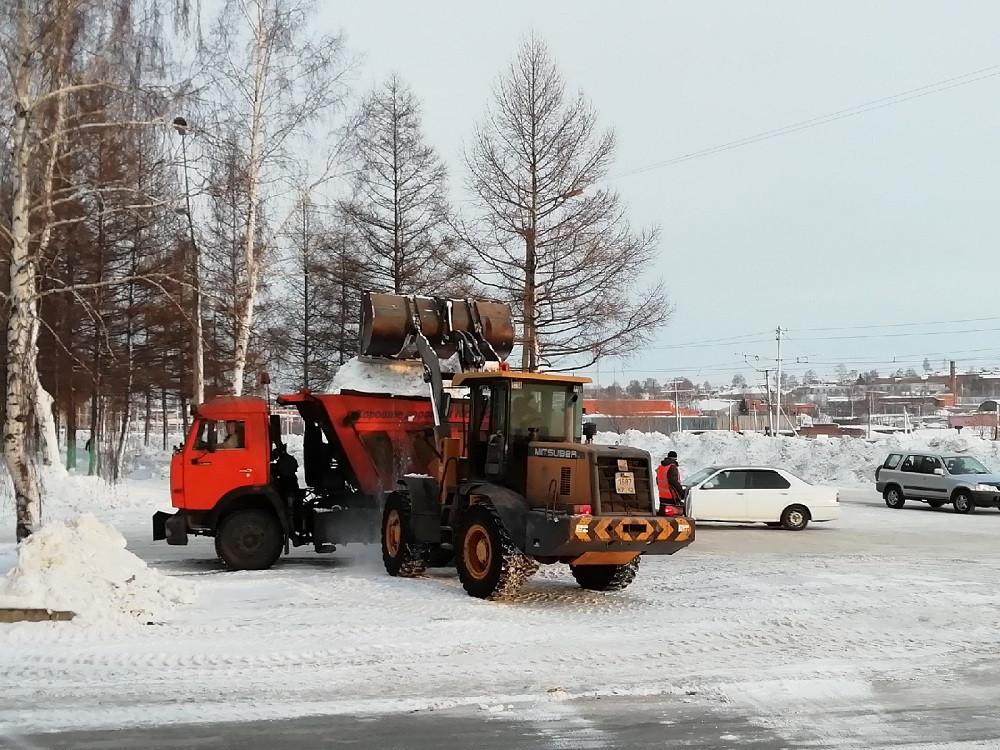 В Прокопьевске дорожники наводят порядок на магистралях Тыргана