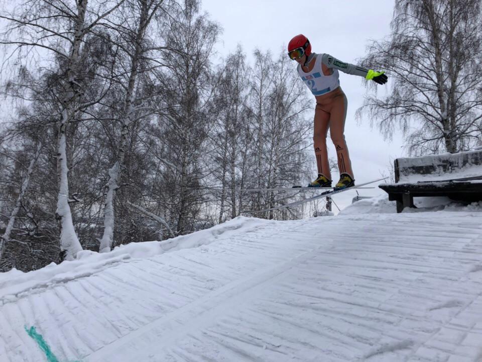 В Прокопьевске прошли соревнования по прыжкам на лыжах с трамплина