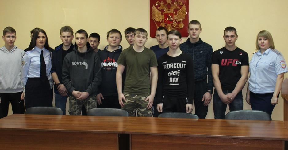 В полиции Прокопьевского района побывал студенческий десант