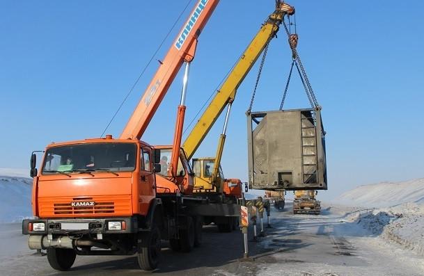 Техника не выдерживает: в Прокопьевском районе из-за мороза у дальнобойщика сломался грузовик