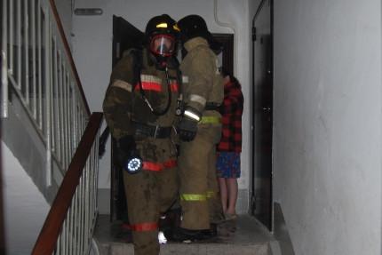 В Прокопьевске при пожаре спасены 10 человек
