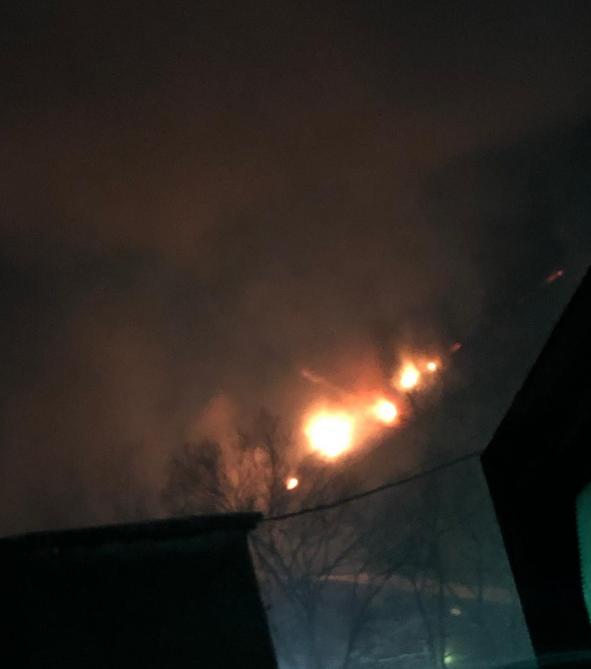 В Прокопьевске 40 человек тушили пожар на обогатительной фабрике