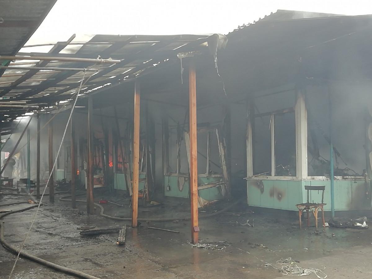 ЧП в Прокопьевске: горит городской рынок