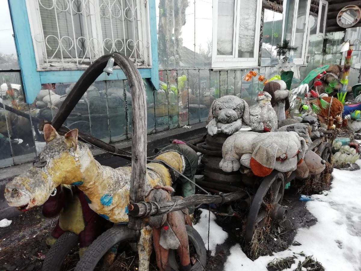 Прокопчанин творит из мусора необычные вещи