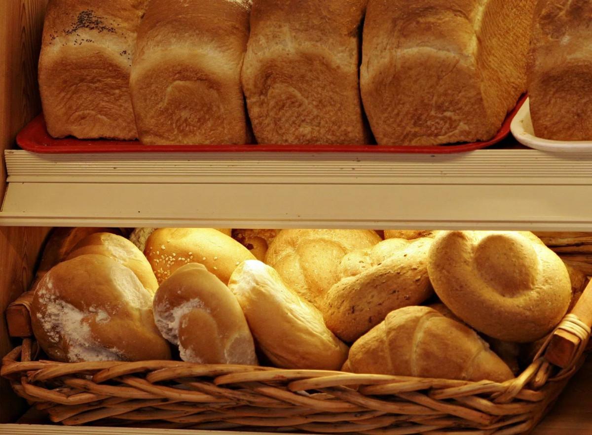 В Кузбассе забраковано и снято с продажи 147 партий хлеба и кондитерских изделий